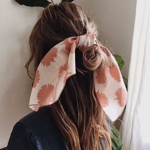Accessories - Hair Accessory